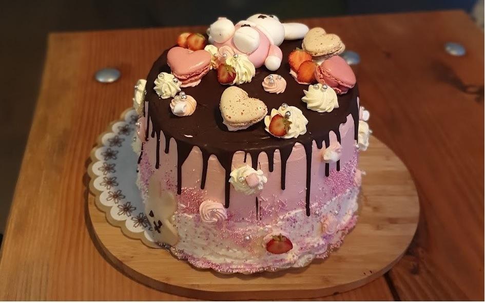 Nijntje taart voor De Dame haar eerste verjaardag van Bakkerij Geertsema in Muntendam